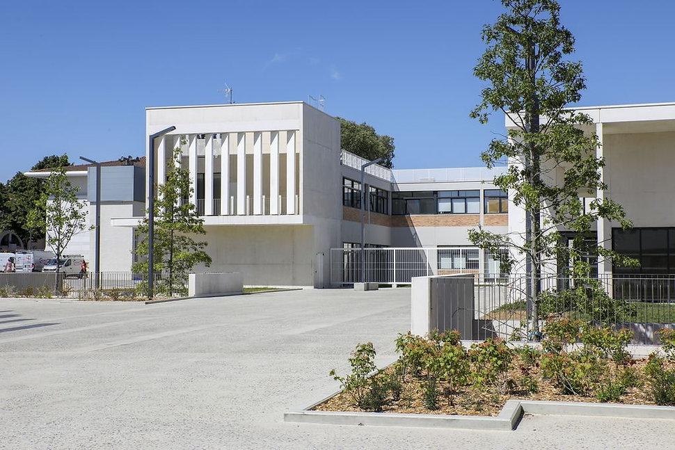 Triptyque architecture Place des arts Blagnac