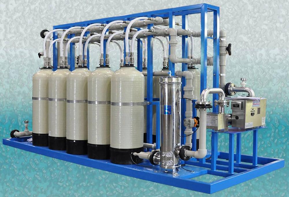 O sistema abrandador diminui a dureza da água, condição que pode ser prejudicial para processos industriais