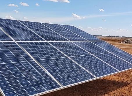 Poço artesiano movido a energia solar: saiba mais sobre essa alternativa econômica