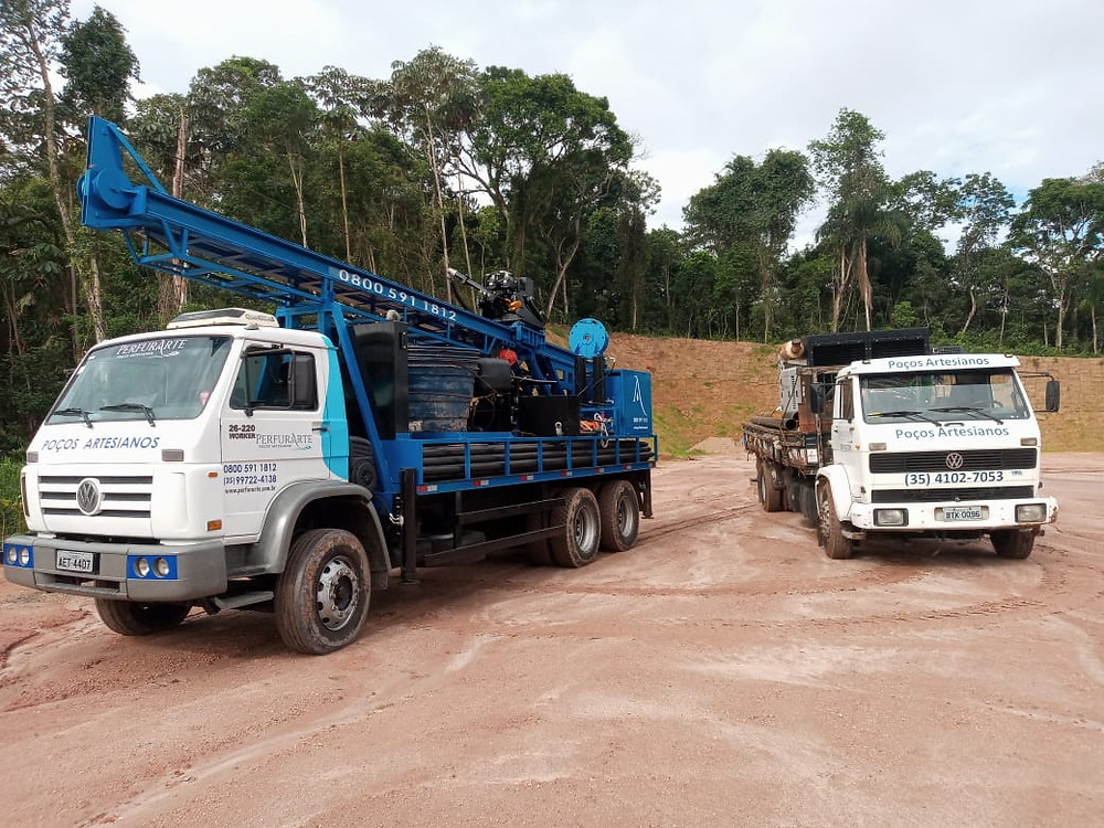Caminhões de perfuração de poço artesiano