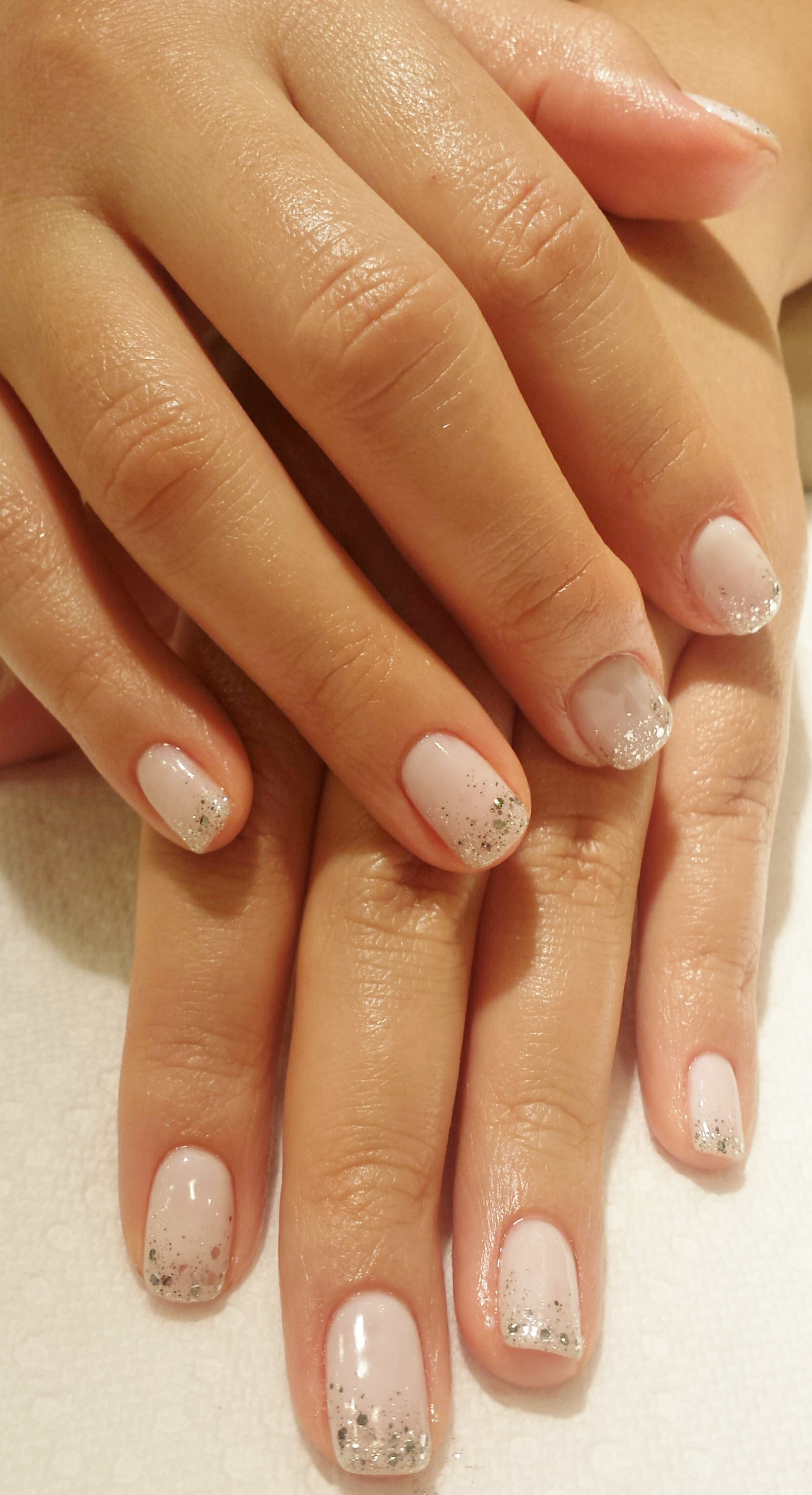 Gel manicure with glitter