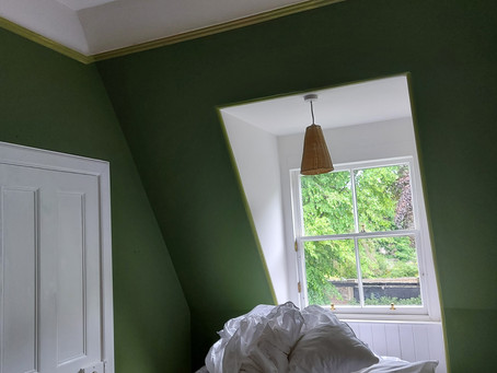 ONE ROOM CHALLENGE week 6 - a small guest bedroom makeover - painting