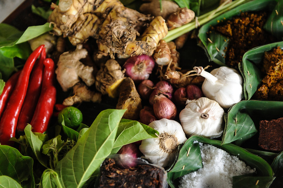 Spices_for_Indonesian_food.jpg