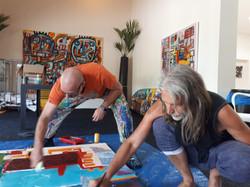 John-Nieland-schildert-met-Eddy-Zoey