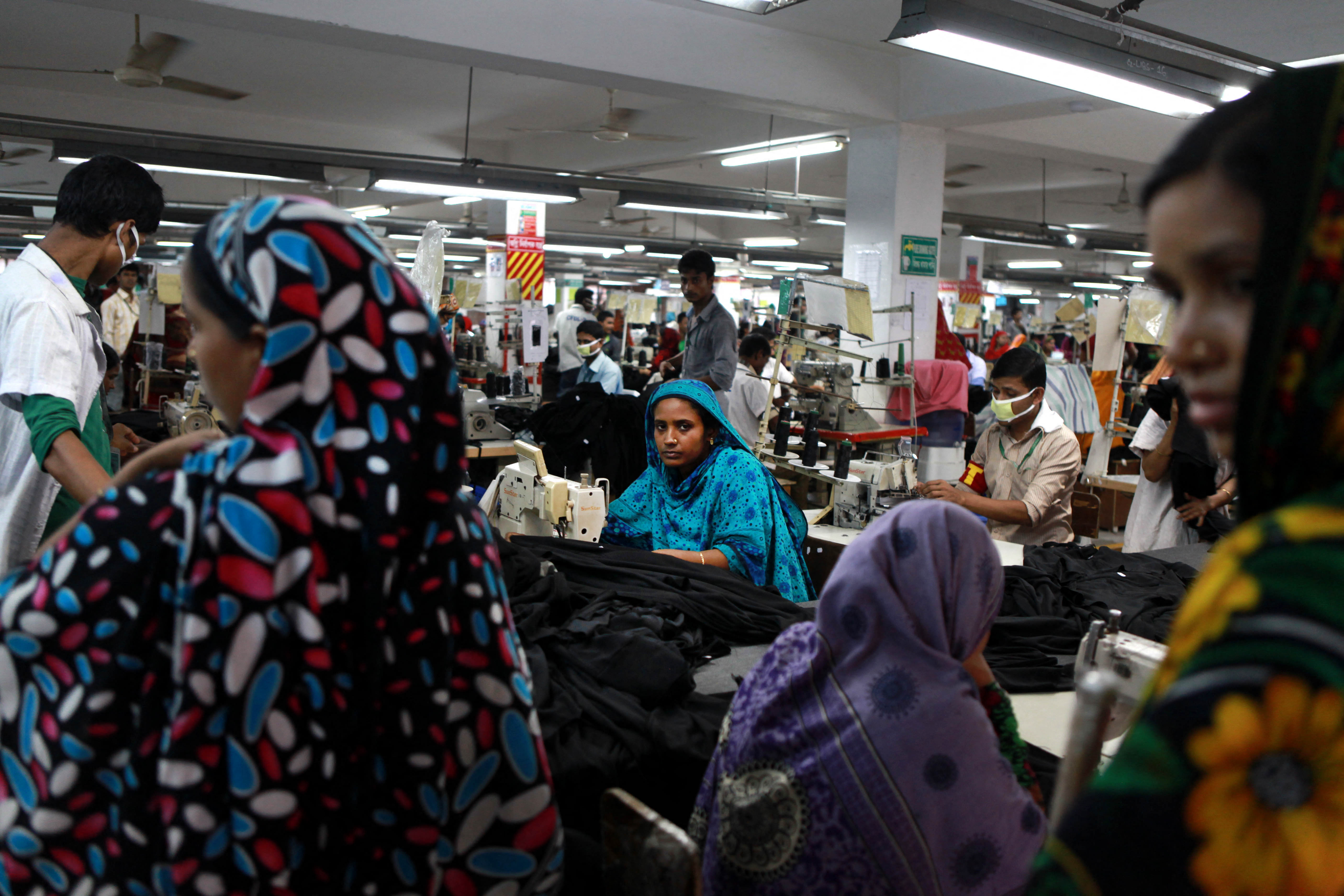 Bangladesh : behind the label