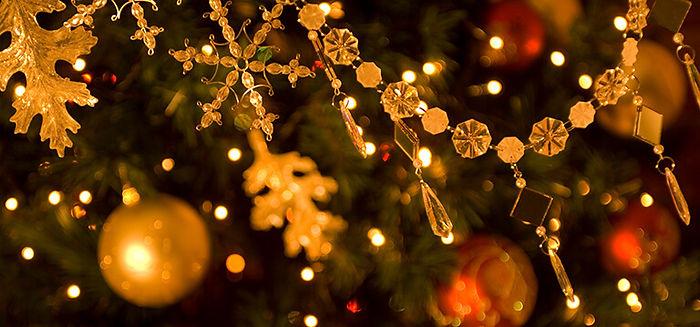 Christmas-scenting-2-1.jpg