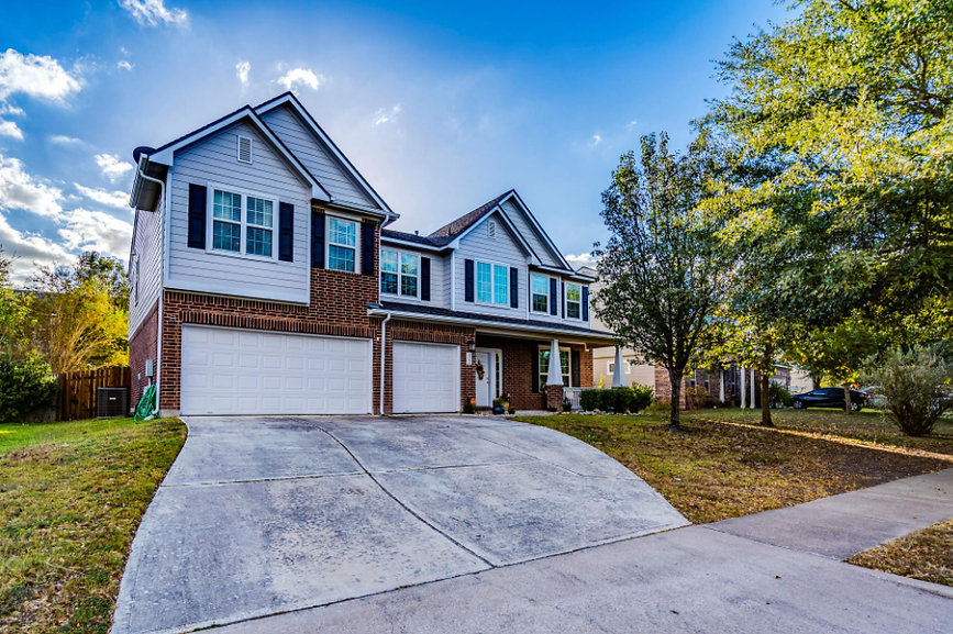 Owner Occupied Home Staging Exterior