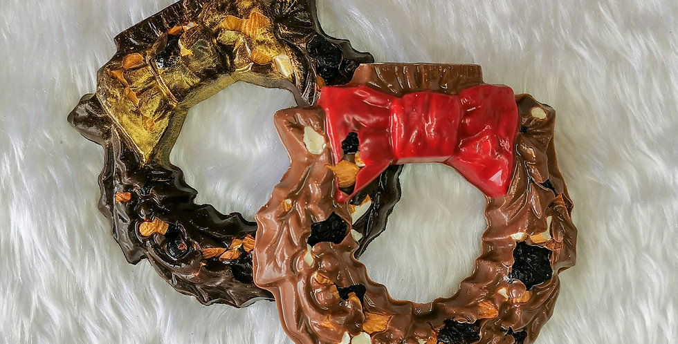 Spiced nut and fruit chocolate wreaths