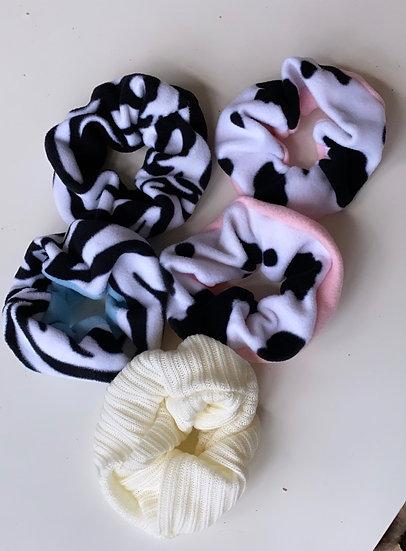 Animal print scrunchie set