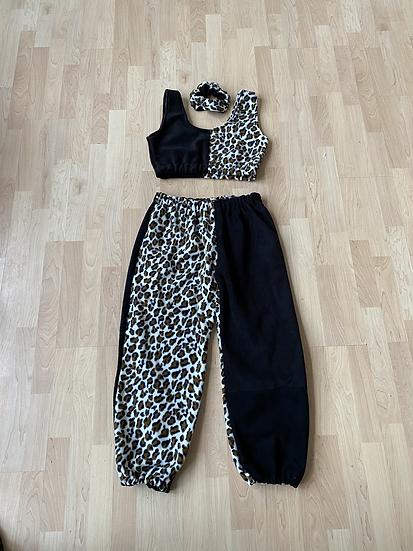 Black and leopard print joggers set