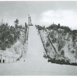 Nansen-Ski-Jump_1940_03.jpg