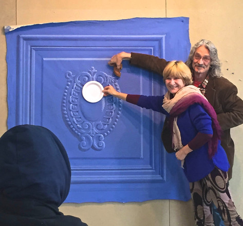 Irina and Richard demonstrate light on a round object
