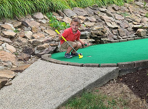 mini golf ace.jpg