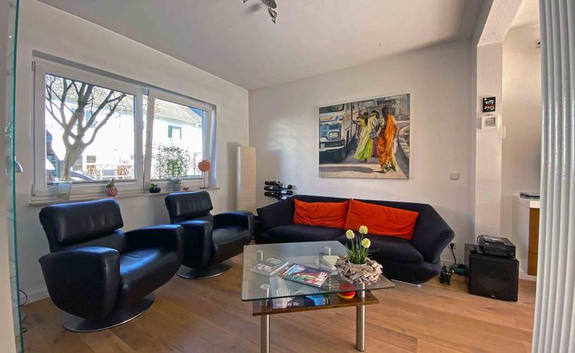 Wohnzimmer mit Eichenparkett