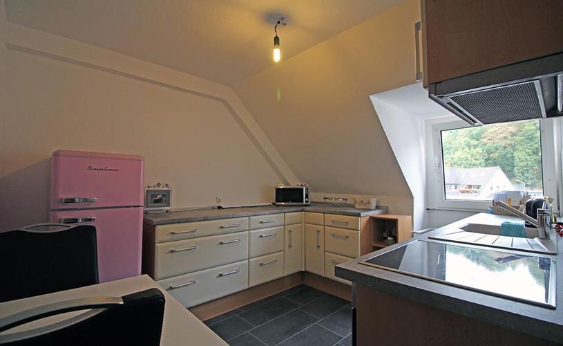 Moderne Küche in schöner Mietwohnung