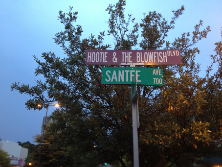 Tour Diary: Hootie & The Blowfish Boulevard is a place that exists and I went there