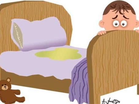 Mi hijo se hace pipi en la cama ¿qué hago?