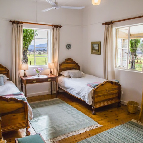 Trymore Cottage | Twin room