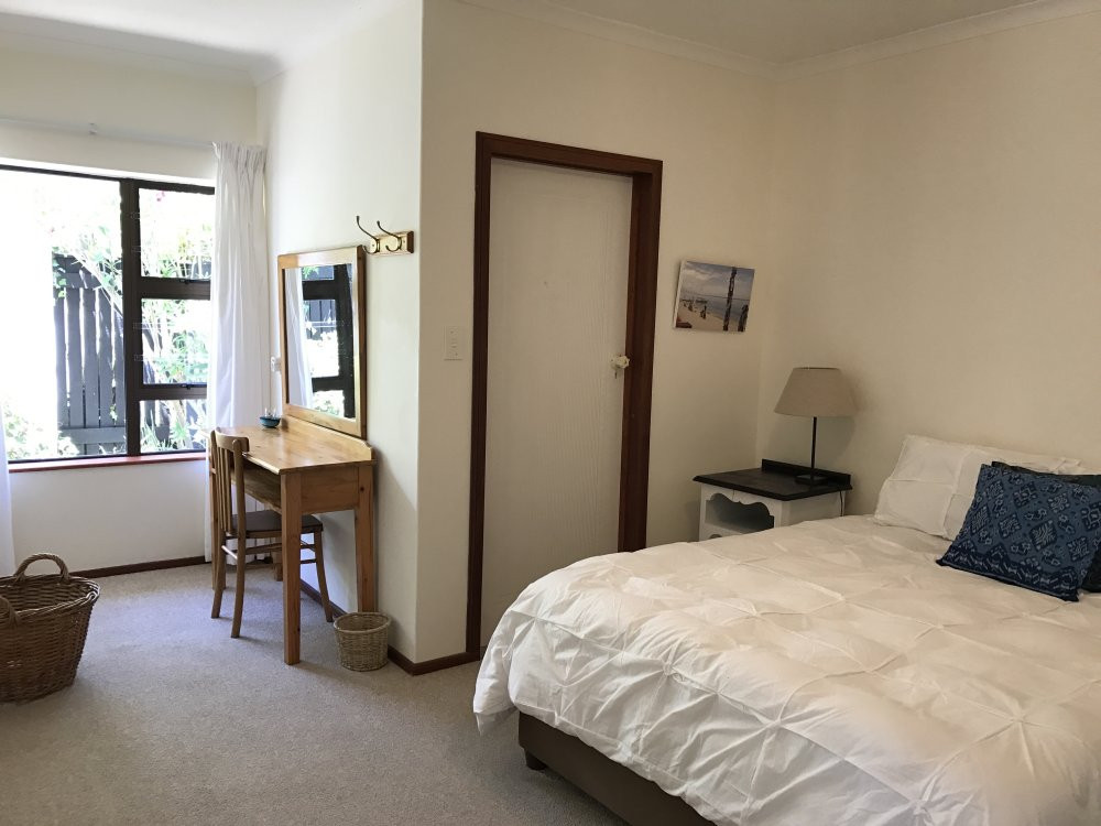 4 bedrooms (Sleeps 8), main bedroom en-suite with king bed, 2 queen-sized bedrooms with inter-leading bathroom and an additional en-suite twin room.