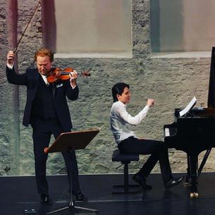 "Daniel Hope, Ron Maxim Huang im Konzert ""Stars and Rising Stars"" München  29.10.2020"