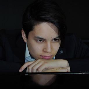 Ron Maxim Huang