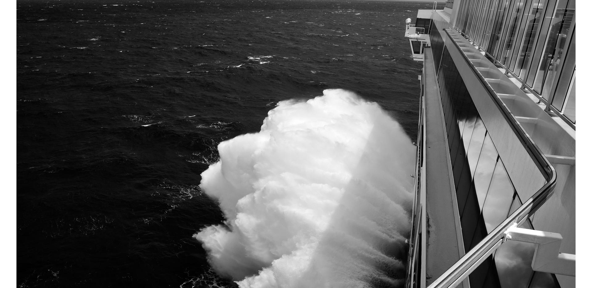 JADE BIG WAVE