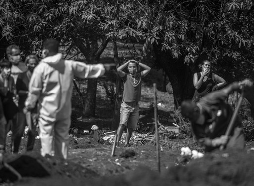Brasil atinge a triste marca de 100 mil mortos pela COVID-19