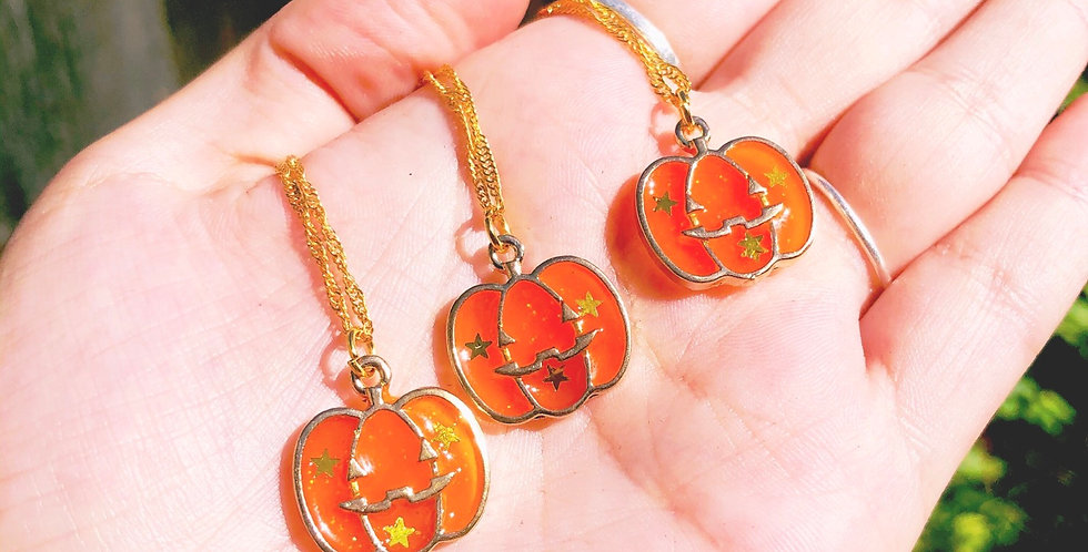 pumpkin spice necklace