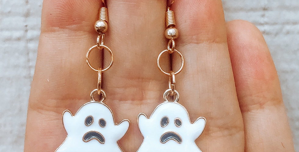 scared ghosts