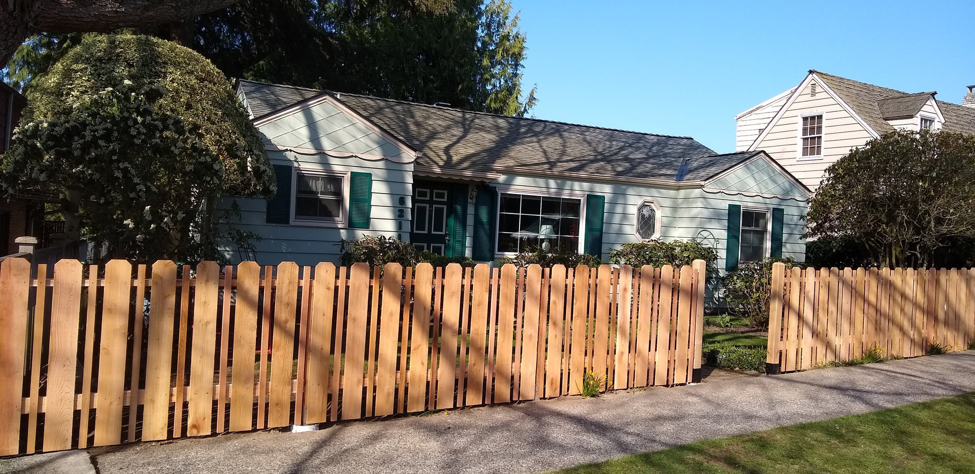 Cedar Fence with alternating boards