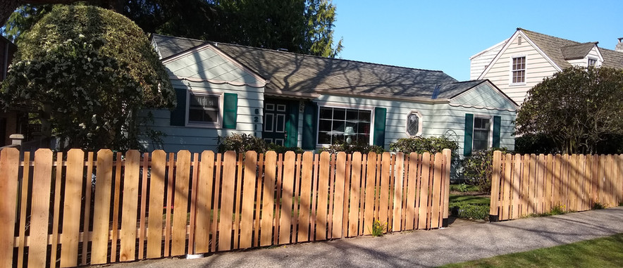 Cedar Fence with alternating boards