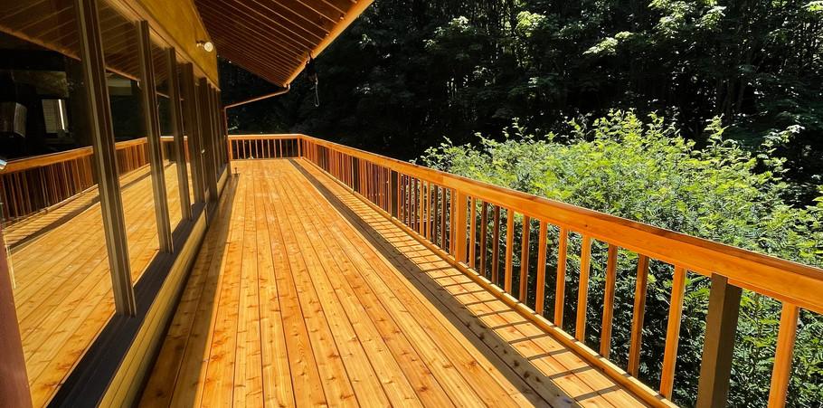 Wrap around deck rebuild of a 1970s Gene Zema design