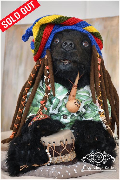 #hollywoodstudios #bear #blackbear #toys #ooaktoys #collectorsbears #clown #handmade #friends #love #inspiration #happyday #c