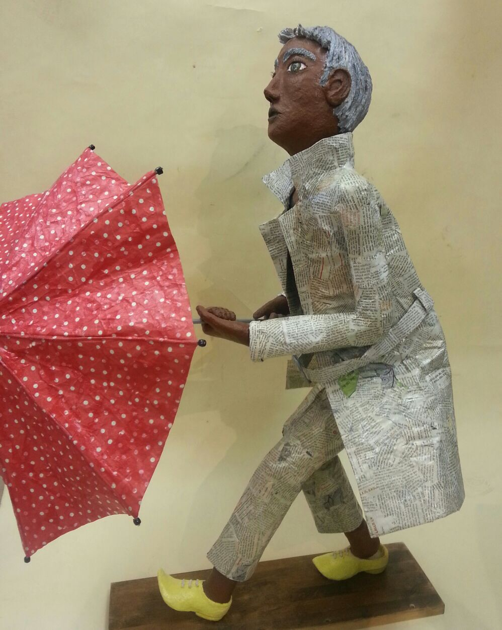 איש עיתון - נמרה גורן