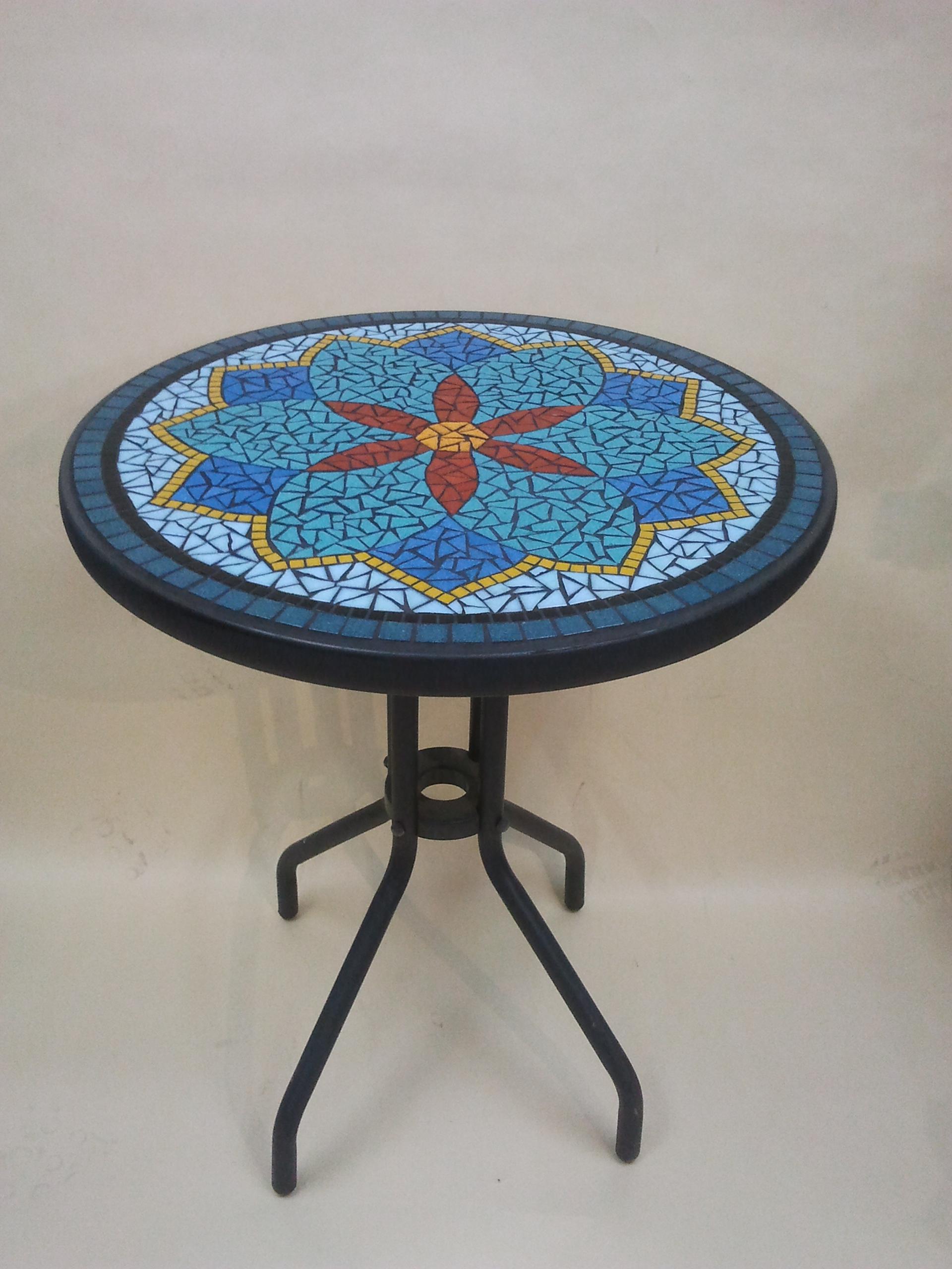 שולחן - אילה