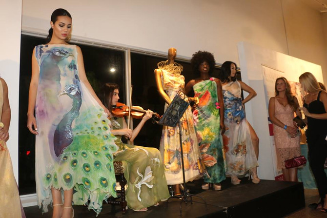 Our Exclusive Art Fashion Event was such a success! Thank you all for coming and supporting Violeta