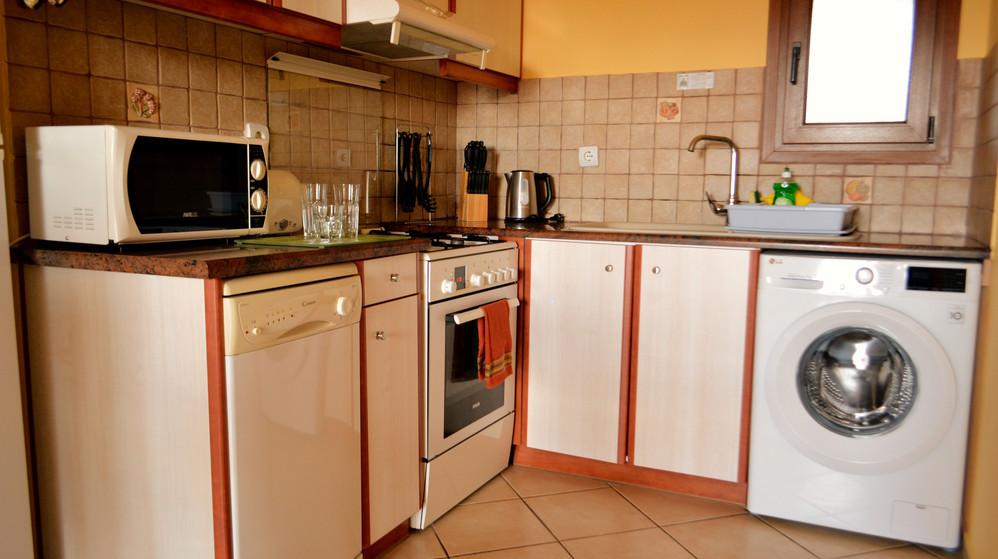 Πλήρης Εξοπλισμένη Κουζίνα