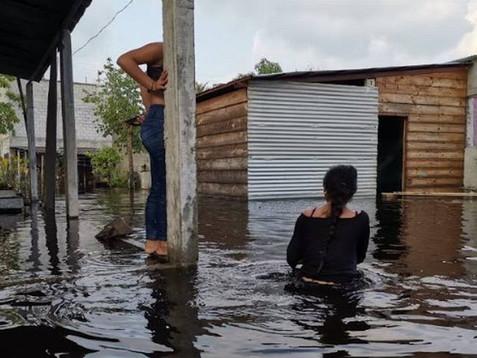 Continúa alerta por crecida del río Usumacinta
