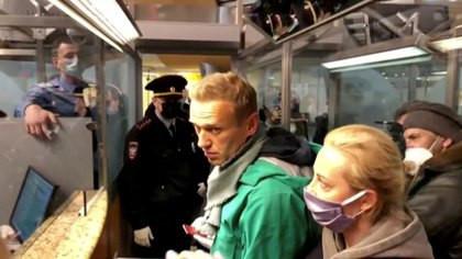 El Tribunal Europeo de Derechos Humanos dictaminó que Rusia debe liberar a Alexei Navalny