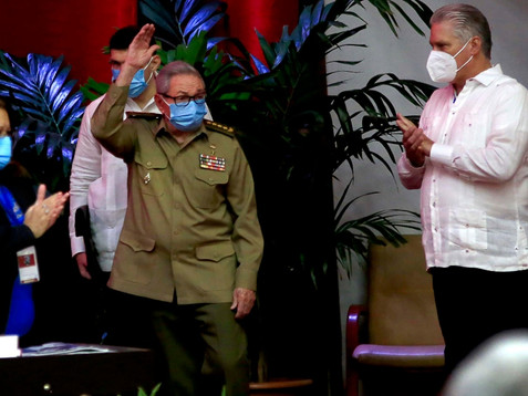 Es oficial: Díaz-Canel, el primer secretario del Partido Comunista de Cuba que no es un Castro