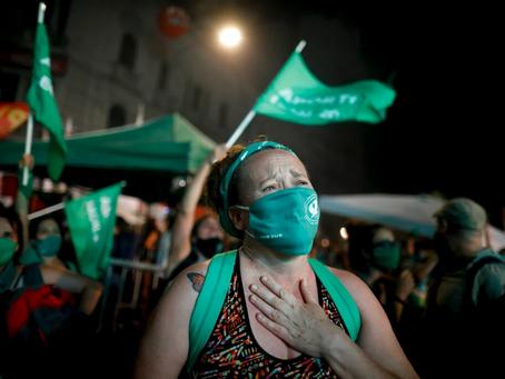 CONCRETADO: EL PRESIDENTE DE ARGENTINA PROMULGA LA LEY QUE DESPENALIZA EL ABORTO