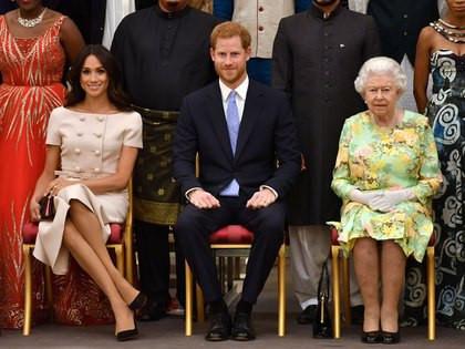 Harry y Meghan Markle renunciaron por completo a la Familia Real británica