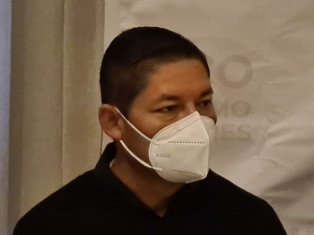 Vacunan contra covid-19 a alcalde de Escuinapa, Sinaloa