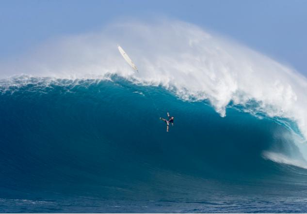 Tom Dosland - Peahi - Hawai