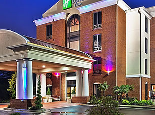 holiday-inn-express-and-suites-cumming-2