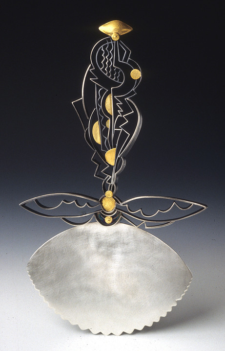 """""""Mountainscape"""". Cake Server. 1999. Silver, 24K gold. Collection of Victoria & Albert Museum, London, UK."""