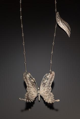 10. ButterflyinFlight,Pendantwithchain,2