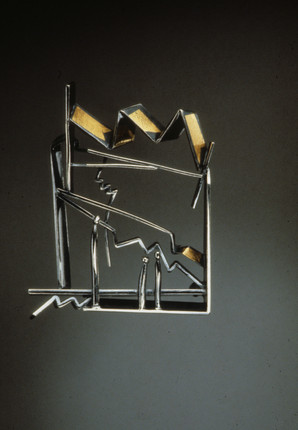 """""""Evening Outing"""". 1993. 24K gold, sterling silver. 3"""" x 3"""" x 0.4"""" Collection of Sherry"""