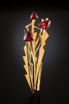 """""""Flowerscape"""". Brooch. 1999. 18K gold, pink tourmaline. 5"""" x 3"""" x 0.5""""."""