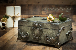 Lovely keepsake box painted in #dixiebellepaint Collard Greens, Spanish Moss, Coffee Bean, and Caviar in and old world, sea sponge textured finish. #woodubendmouldings appliques have been added to make the box more ornate and stylish.